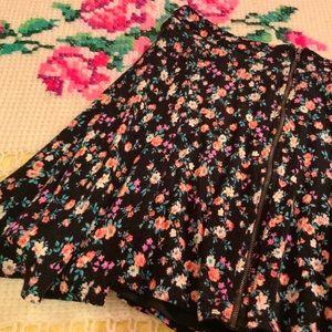 Forever 21 Floral Zip Up Skirt Asymmetrical Hem S